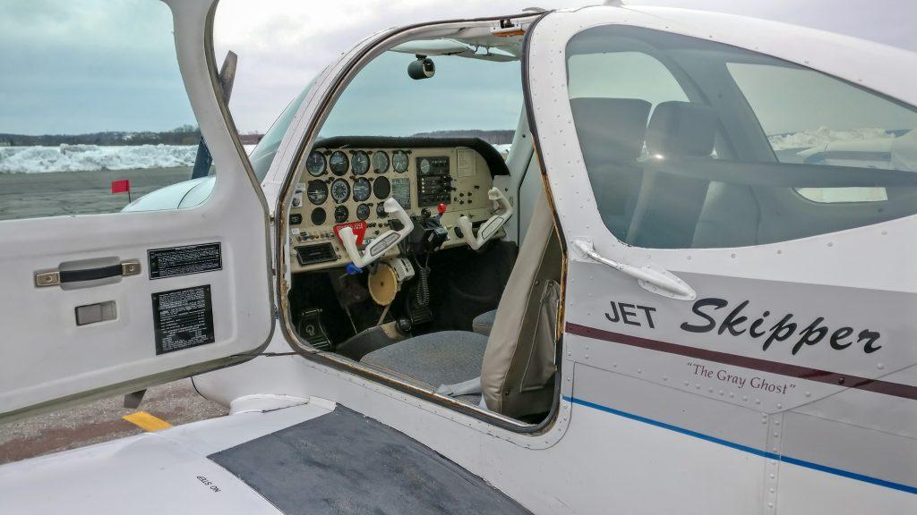 Skipper left side door