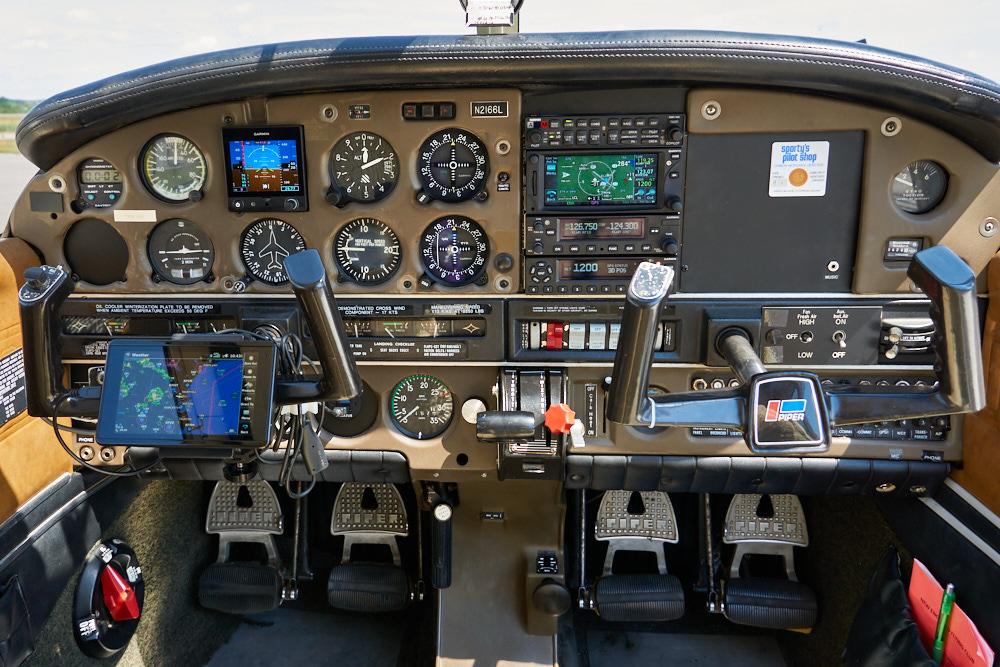 N2166L Interior